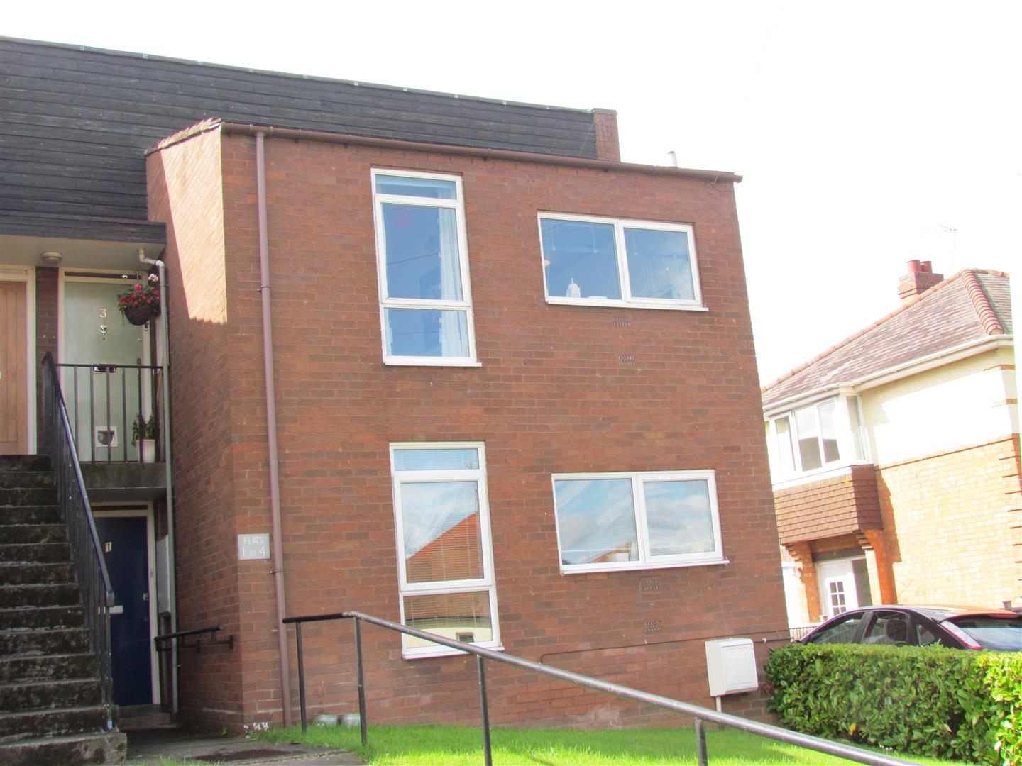 2 Bedrooms Flat for sale in Mayfield Road, Worcester